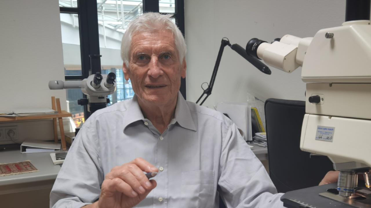 Prof.Dr. Walter Lang